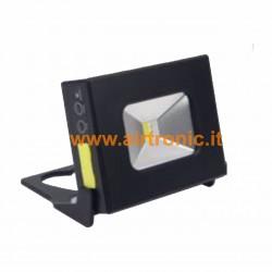 Faretto LED 10W ricaricabile