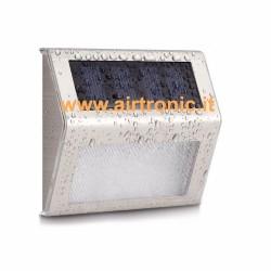Lampada solare a led da parete